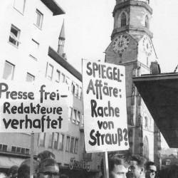 Stuttgart_b_demo_621103 – Foto: Hans Vetter